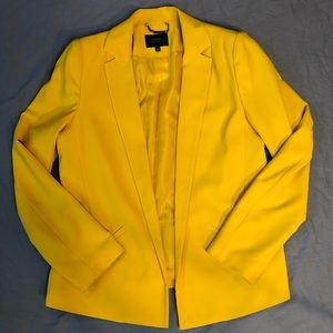 Papaya bright yellow open style fitted blazer with structured collar size 14